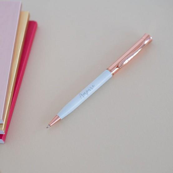 bolígrafo con nombre