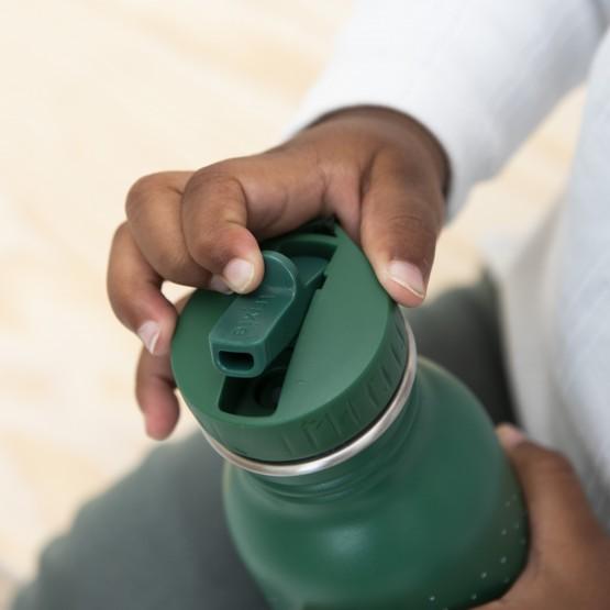 botella con boquilla para niños