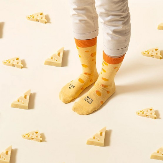 calcetines queso uo