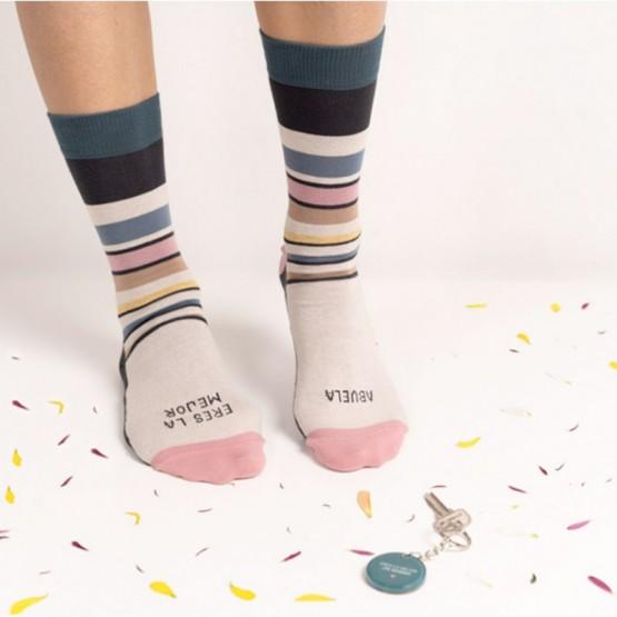 calcetines y llavero de regalo abuela