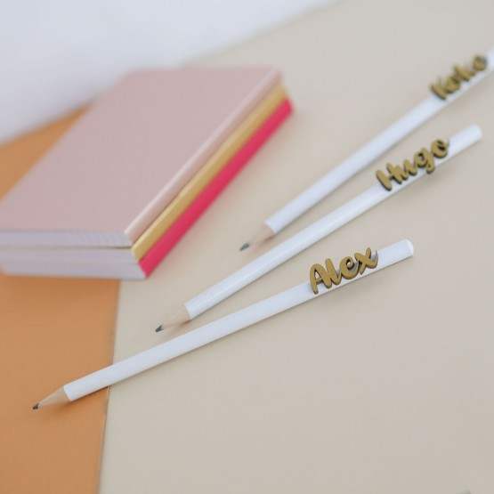 Lápices con nombre personalizados