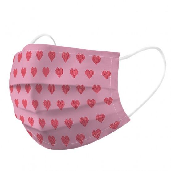 mascarilla con corazones rosa y rojo